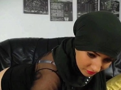 Sexy muslim girl stripping n ID card hot round beamy ass